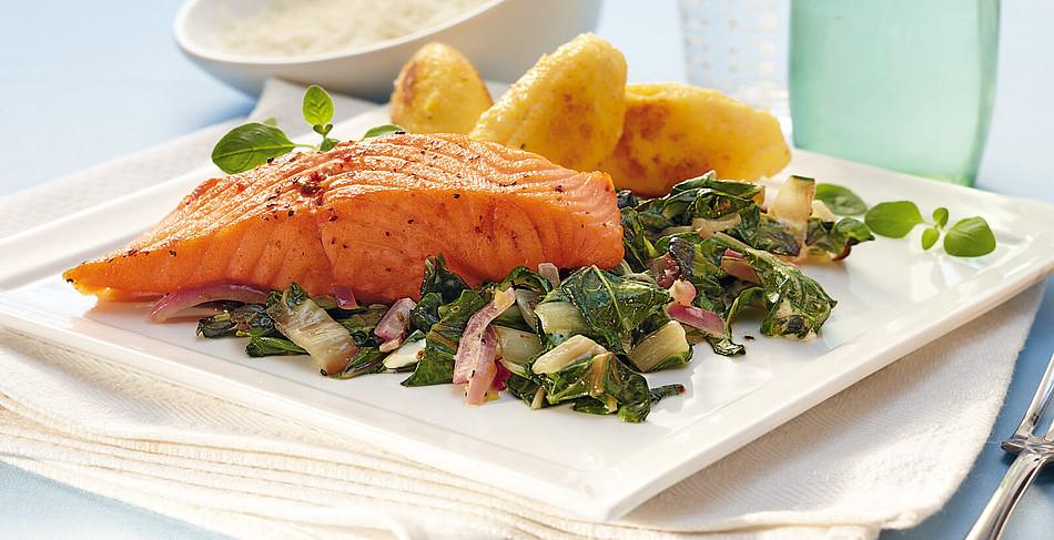 Lachs-Mangold-Gemüse mit Polentanocken