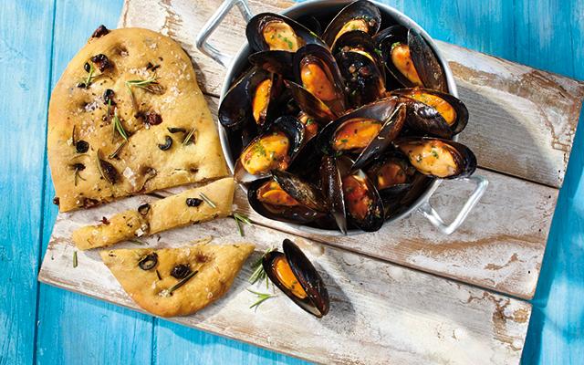 Miesmuscheln Provence mit Pizzabrot